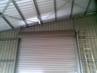 Commercial roller door